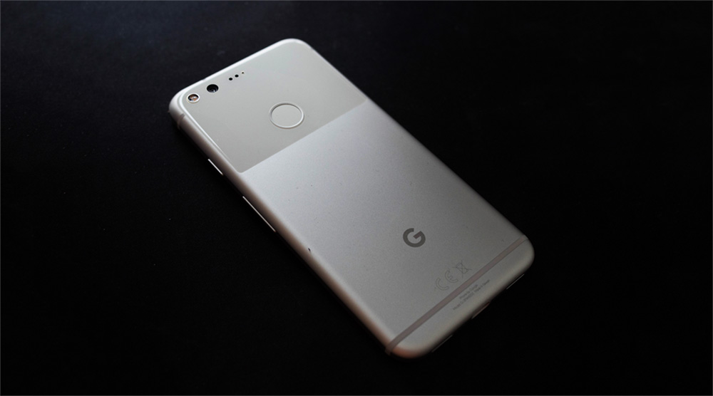 Google Pixel Black Background